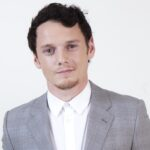 "Clendenin, Jay ññ B581621340Z.1 BEVERLY HILLS, CAññOCTOBER 25, 2011ññActor Anton Yelchin received a Hollywood Spotlight Award for his work in ""Like Crazy,"" at the 15th Annual Hollywood Film Awards Gala, presented by Starz, at the Beverly Hilton hotel, Oct. 25, 2011. (Jay L. Clendenin/Los Angeles Times)"